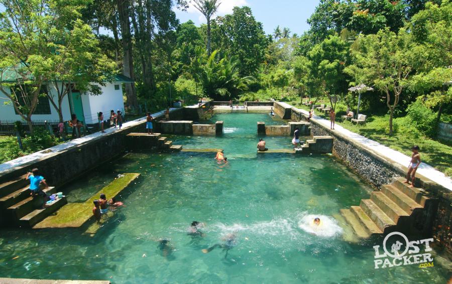 Wisata Ke Pemandian Air Panas Hatuasa