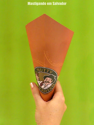 Nutty Bavarian: Cone de Nuts