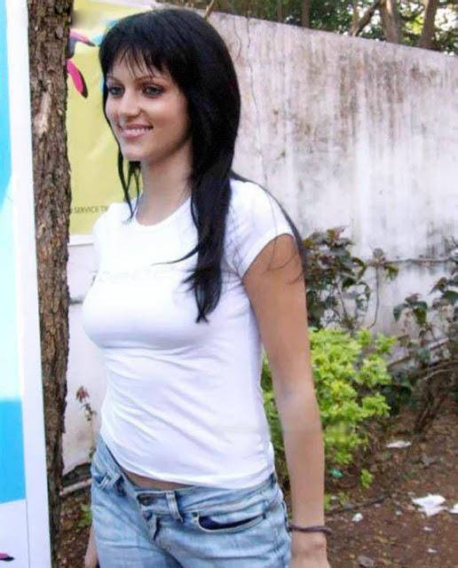 Yana Gupta Hot in White T-Shirt