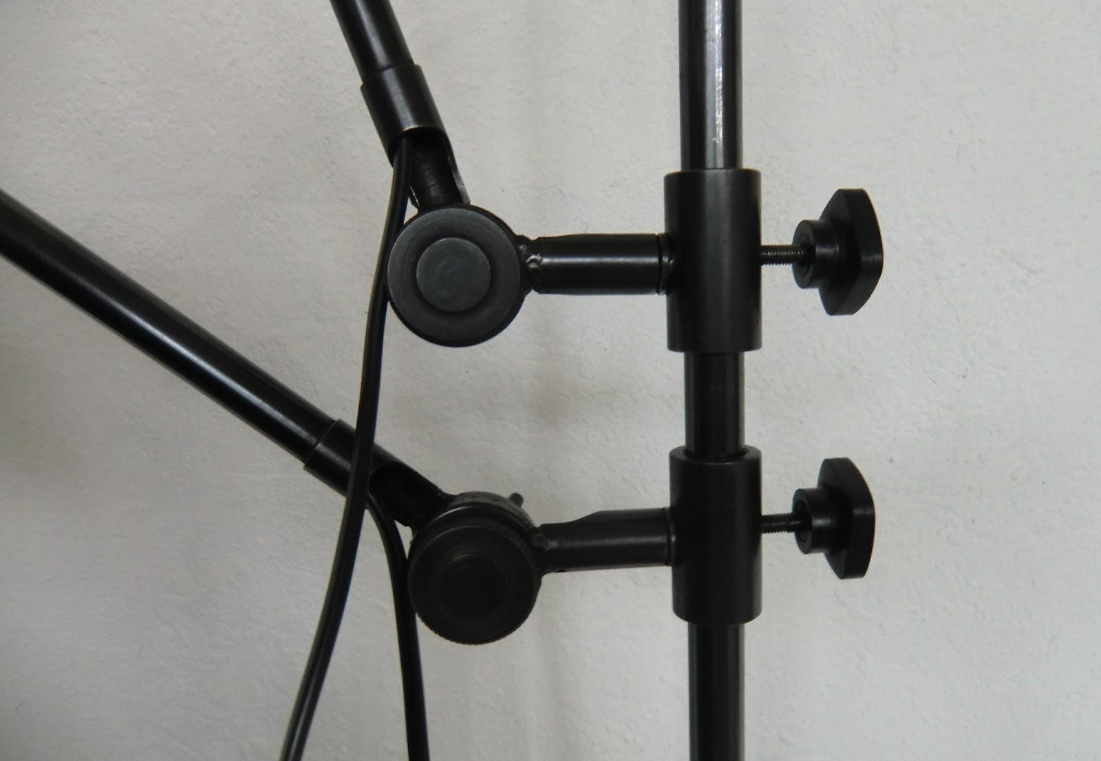 WO AND WÉ COLLECTION Applique murale design industriel double bras pivotants articulés
