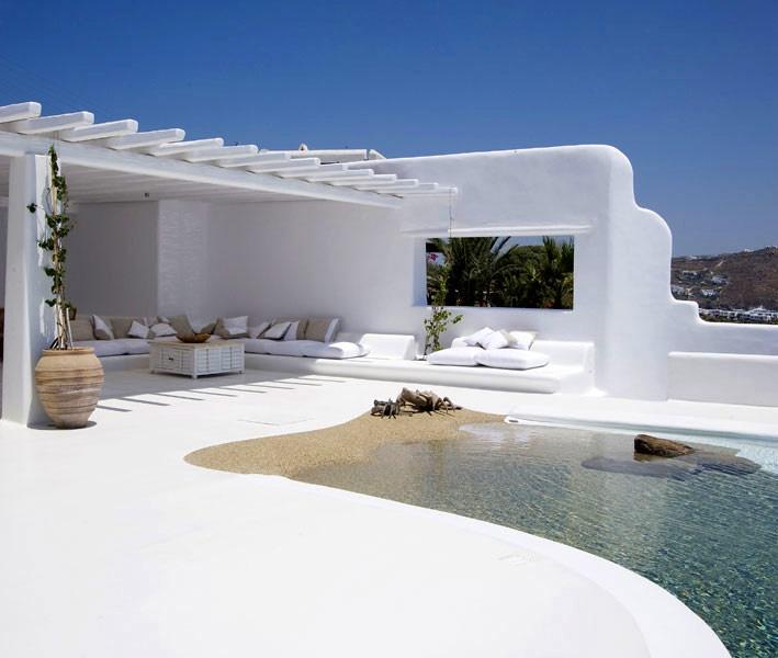 White beach houses mediterranean style food travel for Mediterranean style beach house
