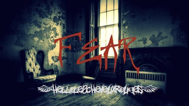 Illustration paranormale d'une chambre qui fait peur avec écrit fear en rouge au milieu www.hellolescheveuxrouges.com