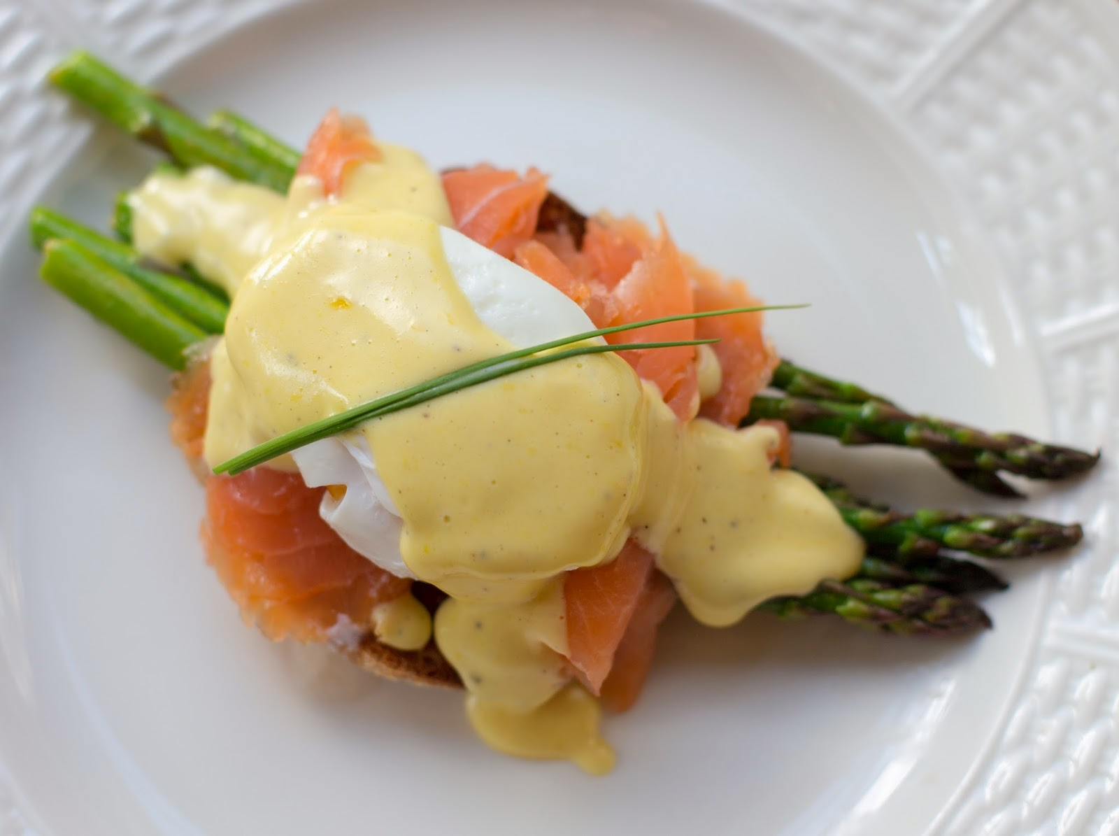Straight to the Hips, Baby: Smoked Salmon & Asparagus Eggs Benedict
