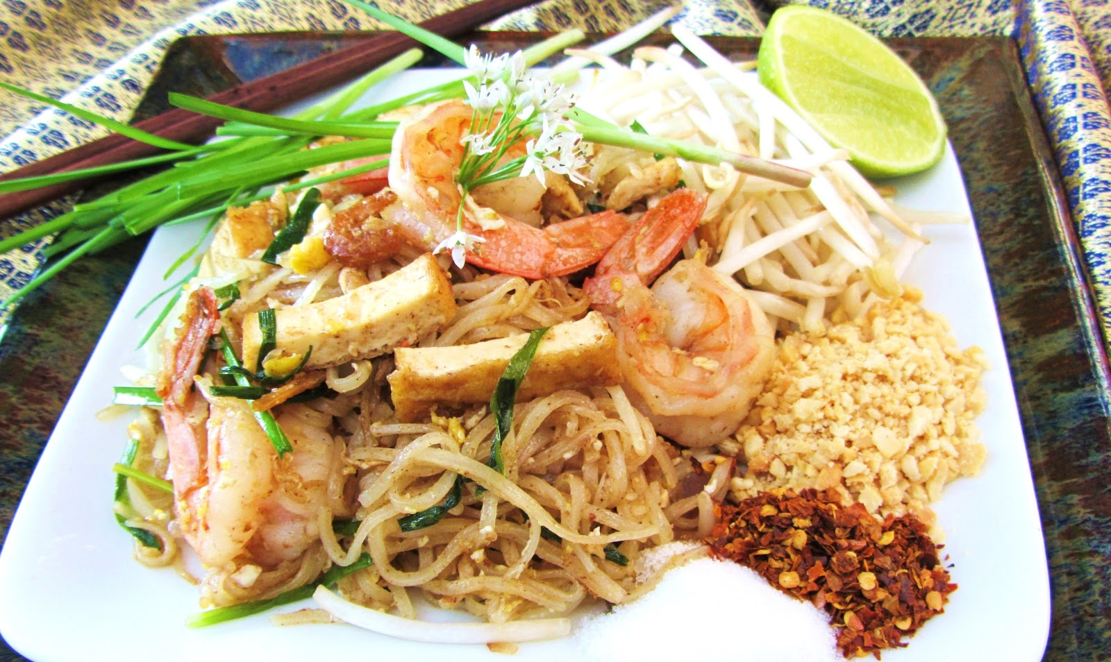 Let's eat.....simple!: Pad Thai Koong (shrimp)