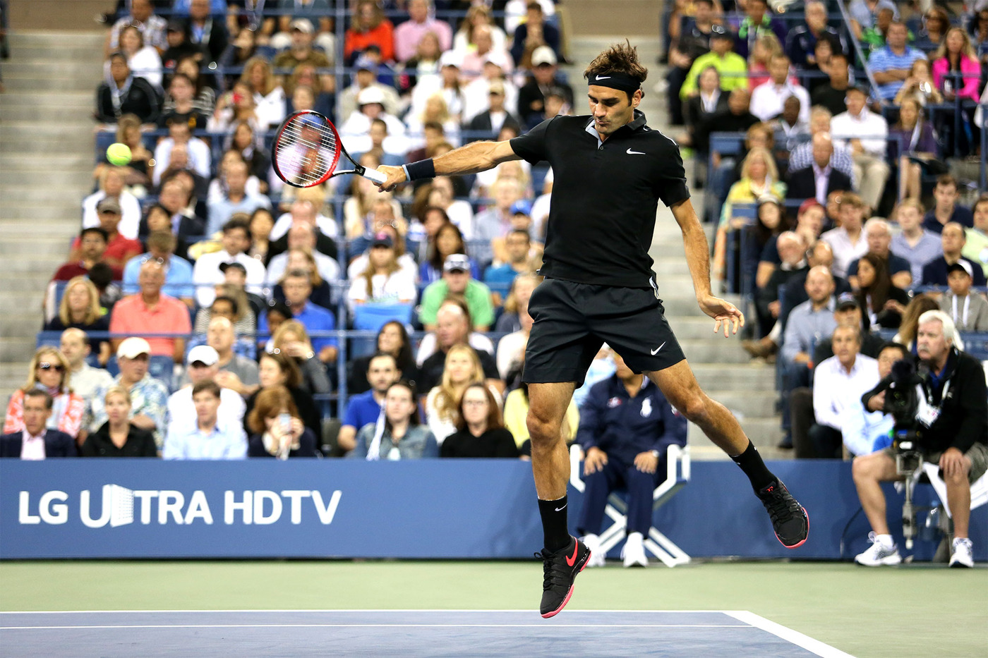 Federer disarms big serving Groth to reach US Open third ...