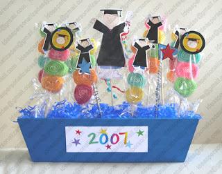 Regalos e ideas personalizadas fin de curso graduacion for Mesas para preescolar