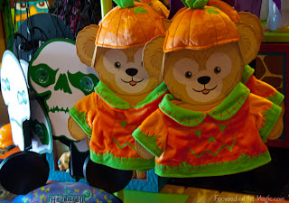 Disney Parks Halloween Duffy