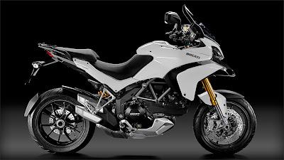 2011 Ducati Multistrada 1200S Sport Pictures