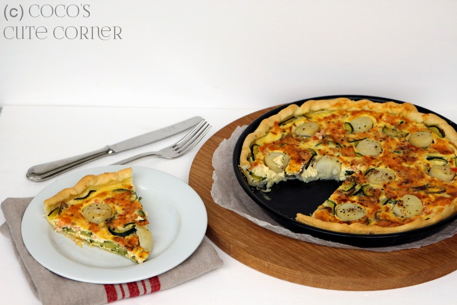 Quiche with scallops and salmon