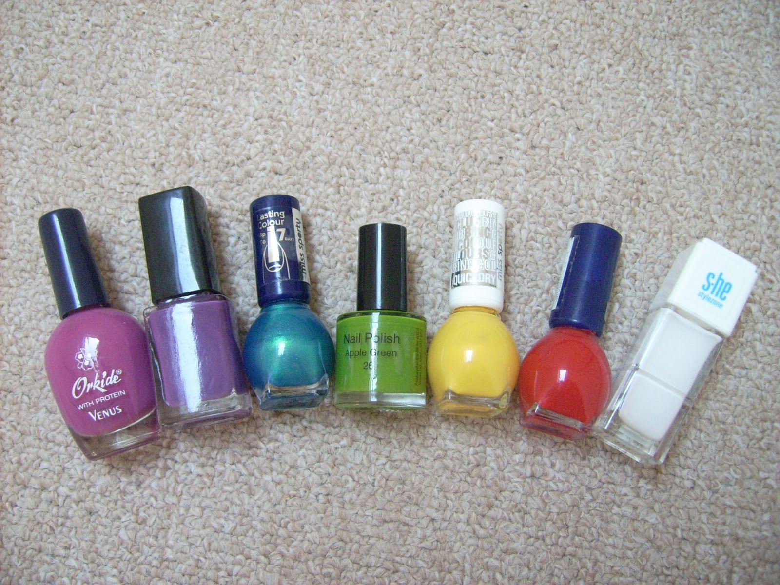 nail polish, flower nail art, flower grass nail art