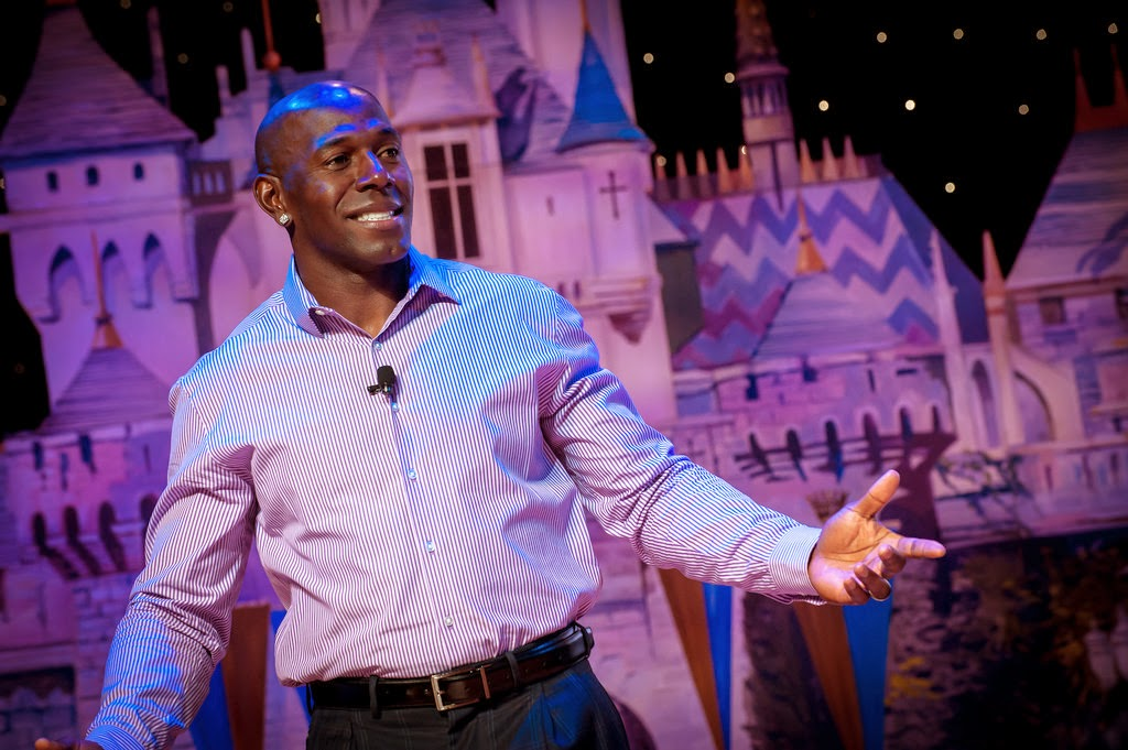Donald Driver DisneySMMoms
