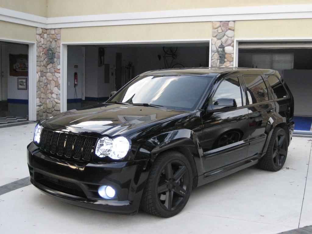 Info Modifikasi Motor 2012 Jeep Grand Cherokee SRT8