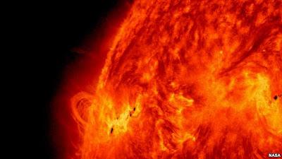 Gambar matahari yang diambil oleh Observatorium NASA pada 14 Mei 2013. (Foto: NASA/SDO)