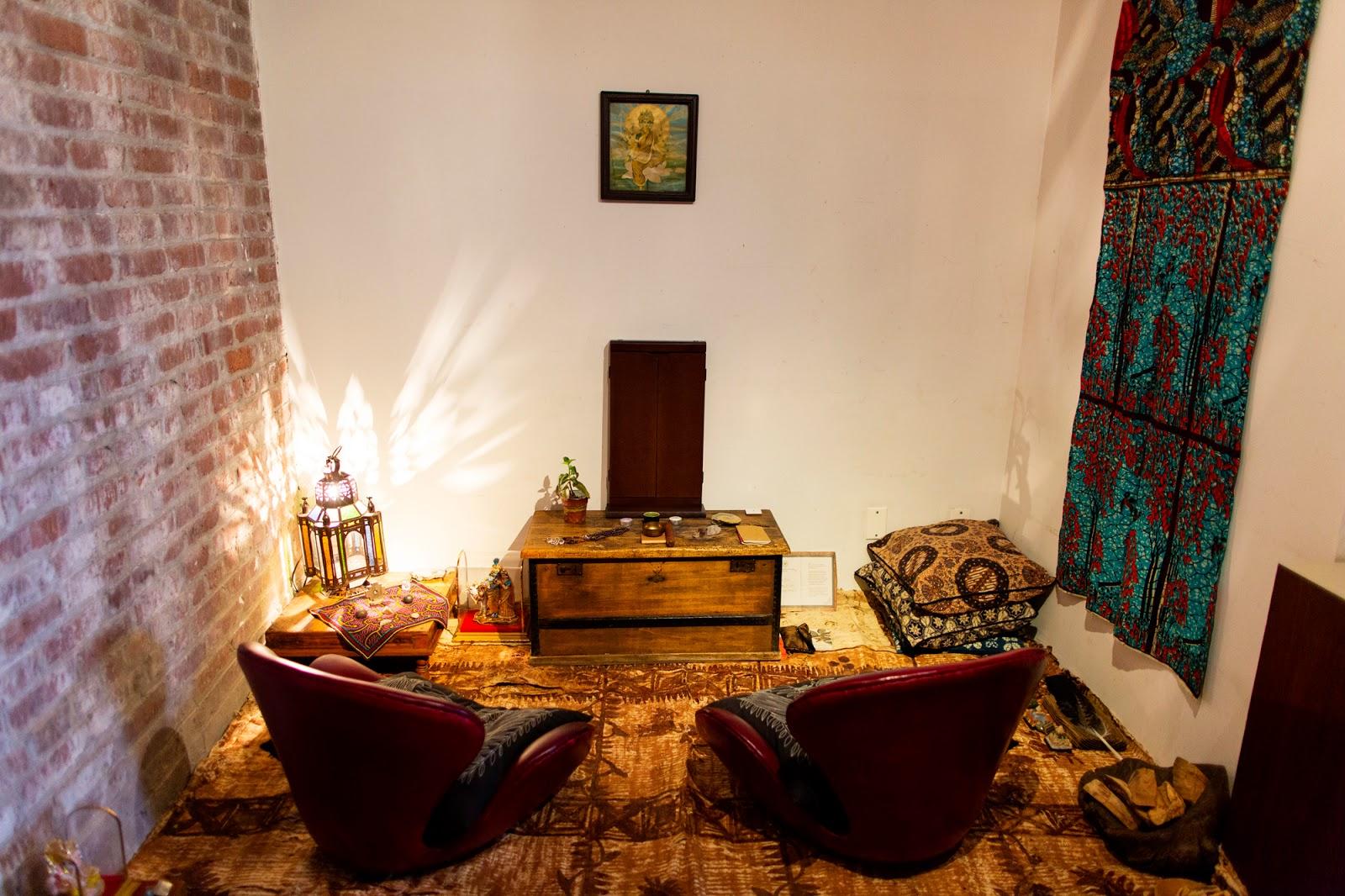 Bohemian Style als Wohnstil: Teppiche, Hängematte und Pflanzen