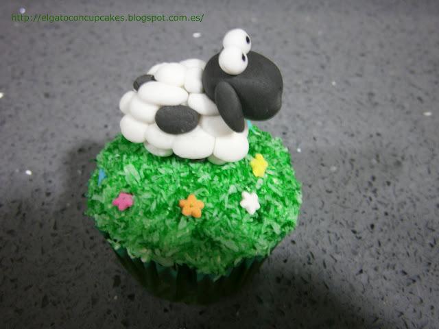 cupcake oveja, cupcake coco