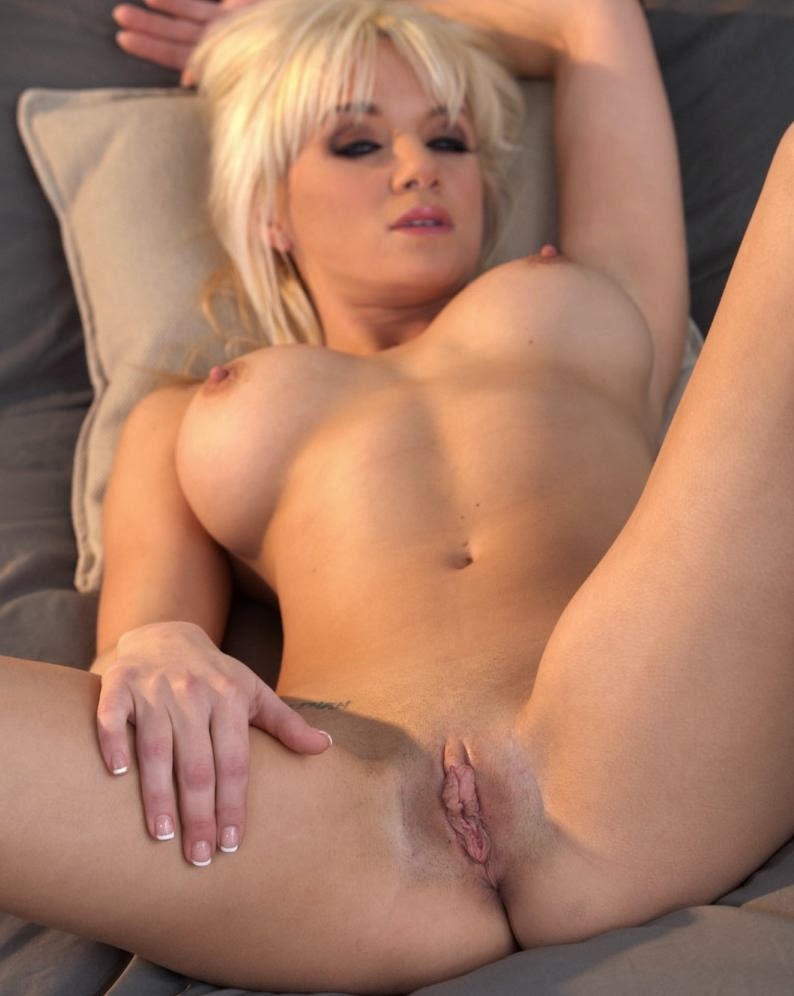 tranny-cock-photo-gallery-naked-women-foto-female-johnny