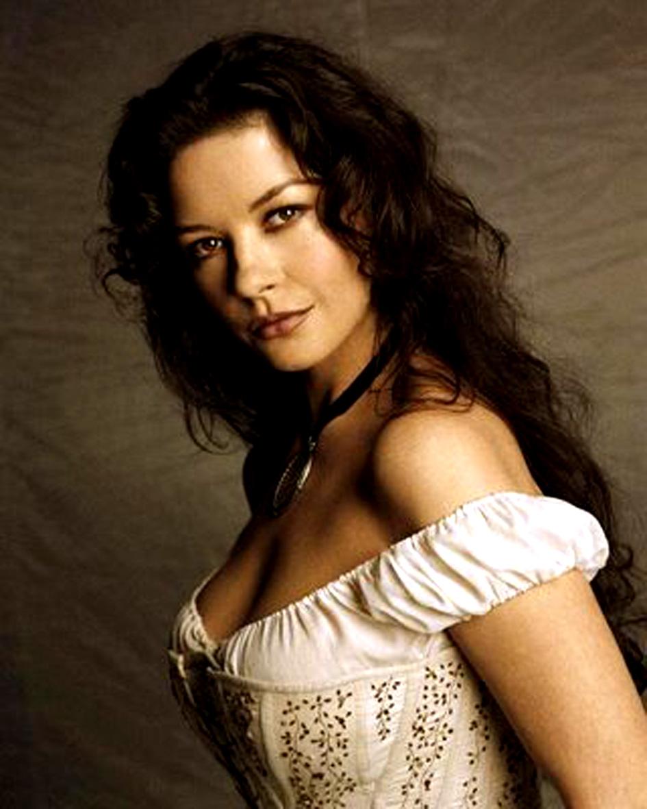 Anastasia Sakelaris Nude Photos 10