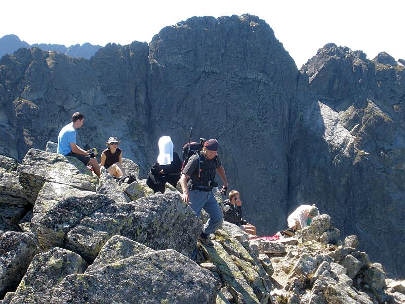 Zadni Granat (2240 m n.p.m.). Z tyłu widoczny jest Kozi Wierch.