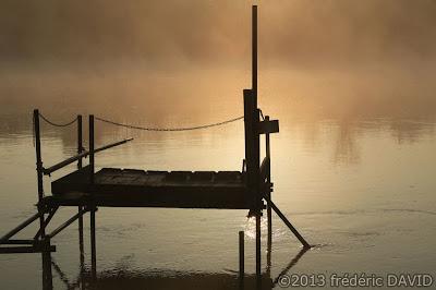 silhouettes maritime ponton rivière brume lever soleil Seine-et-Marne