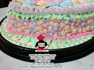 kue tart taman bunga cantik