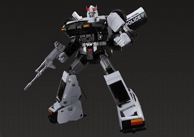 Takara Transformers Masterpiece MP-17 Prowl