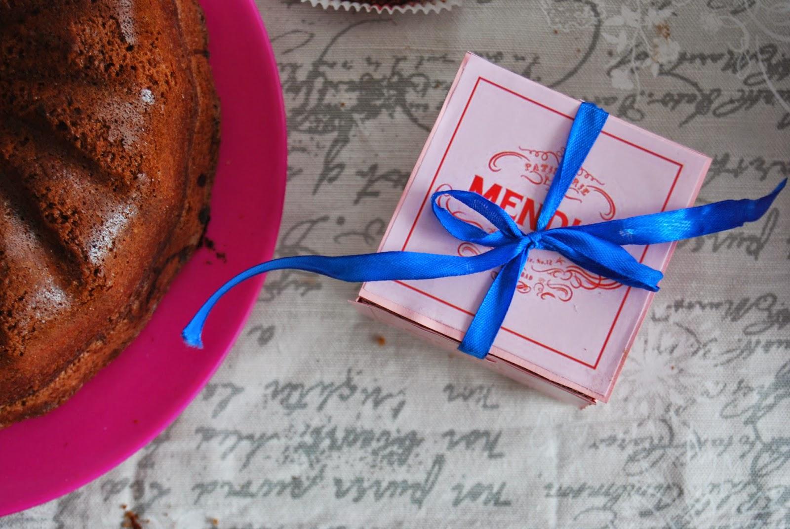Grand Budapest tea party. Mendl´s box tutorial. Merienda ambientada en Hotel Gran Budapest