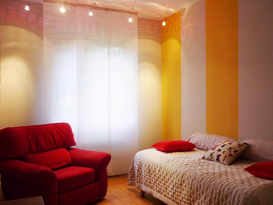 home staging mini chambre jaune c cile ana s goua de baix. Black Bedroom Furniture Sets. Home Design Ideas