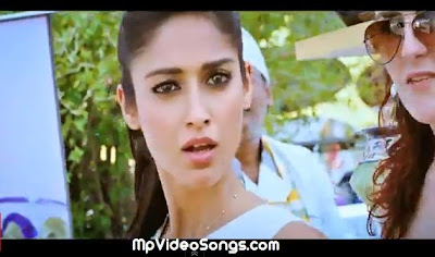 Free Download Tu Mere Agal Bagal Hai (Phata Poster Nikla Hero) Video Song