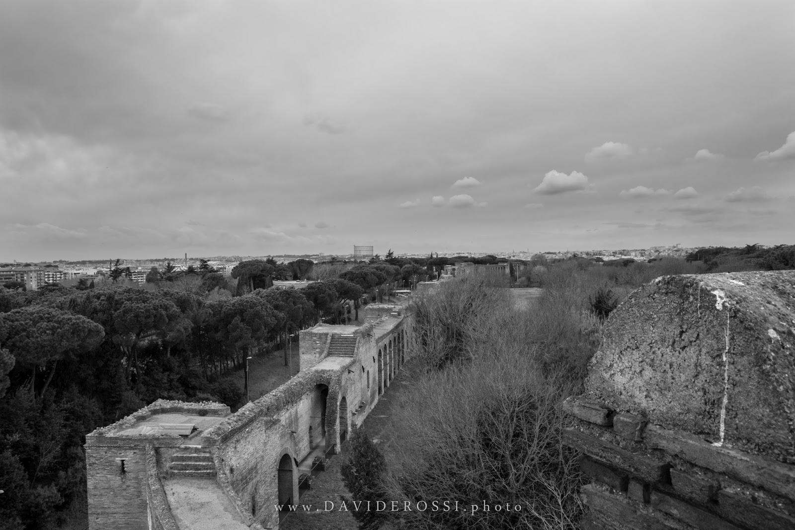 Sopra le Mura Aureliane - Porta San Sebastiano - Roma Sparita