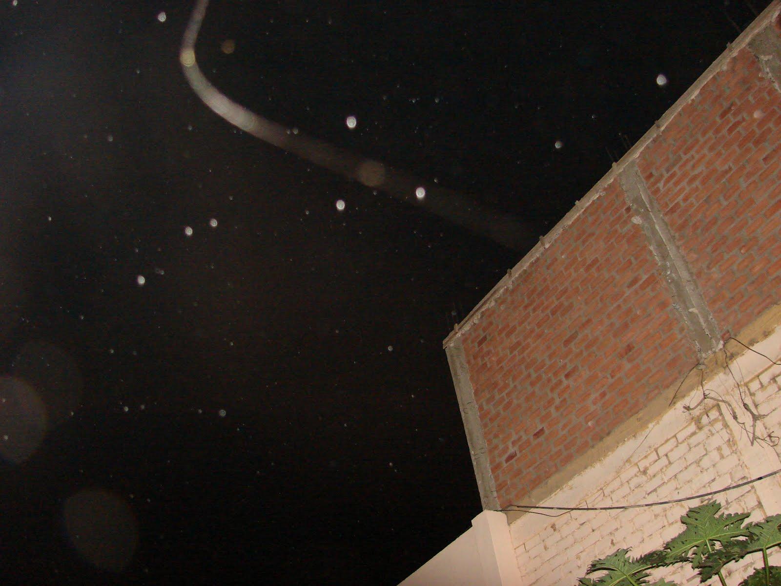 Urgente-10-julio-11-12-13-14-15...2011 Los Ovnis muestran camino al Cielo de Facundo Cabral sec,ufo