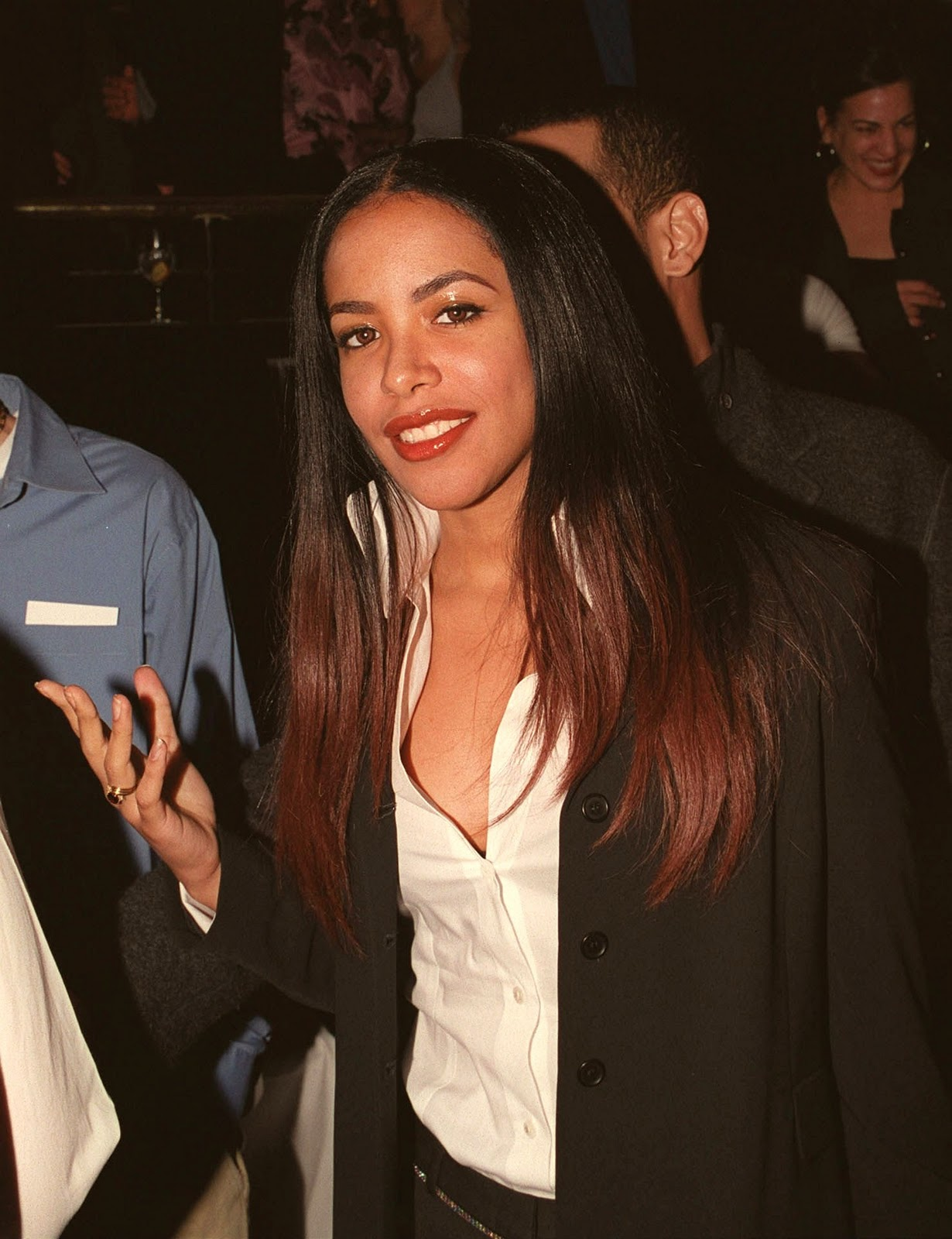 aaliyah and her co stars at the romeo must die 2000 after party - Romeo Must Com
