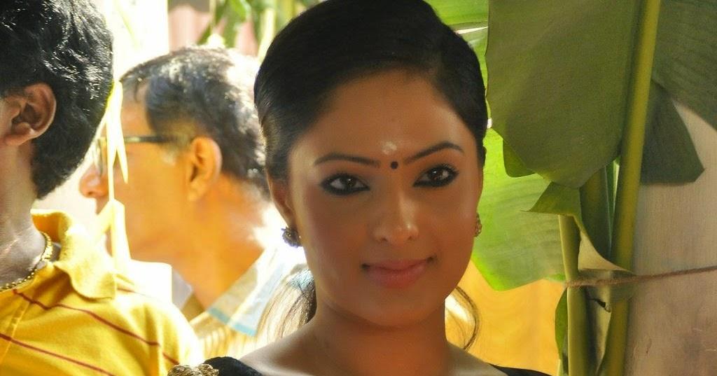 look smoking hot at tamil film karaiyoram launch event in chennai