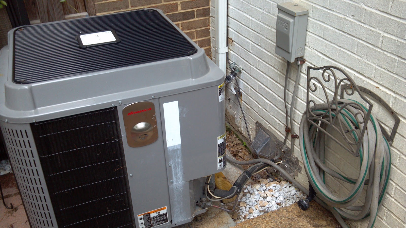 Heat-pump-dryer-exhaust.jpg