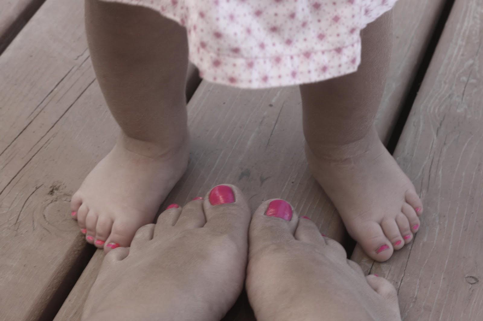 Pretty Pink Toenails