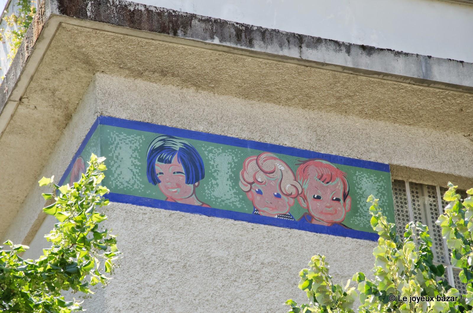 Paris - Montmartre - maison Poulbot rue Junot