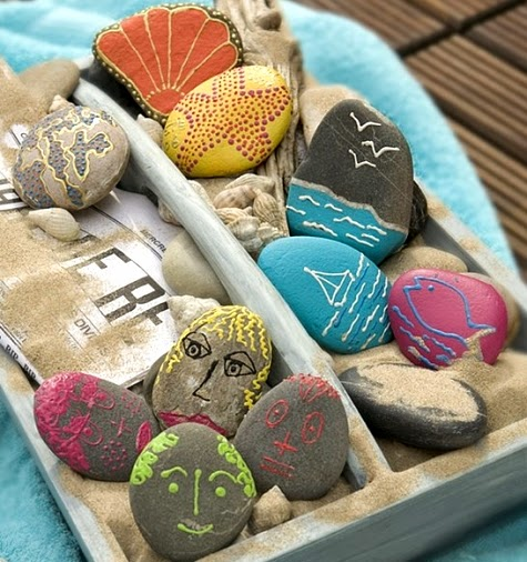 Decorate with painted beach rocks completely coastal - Peindre sur verre 100 modeles originaux ...