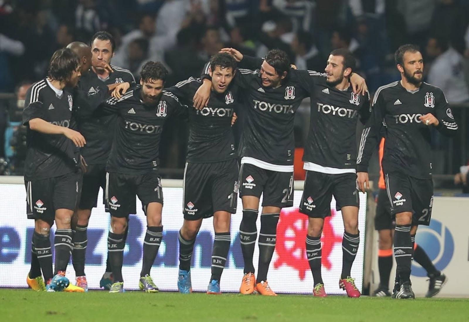Kural hatası var denen Fenerbahçe-Kasımpaşa maçının hakem raporu ortaya çıktı 97