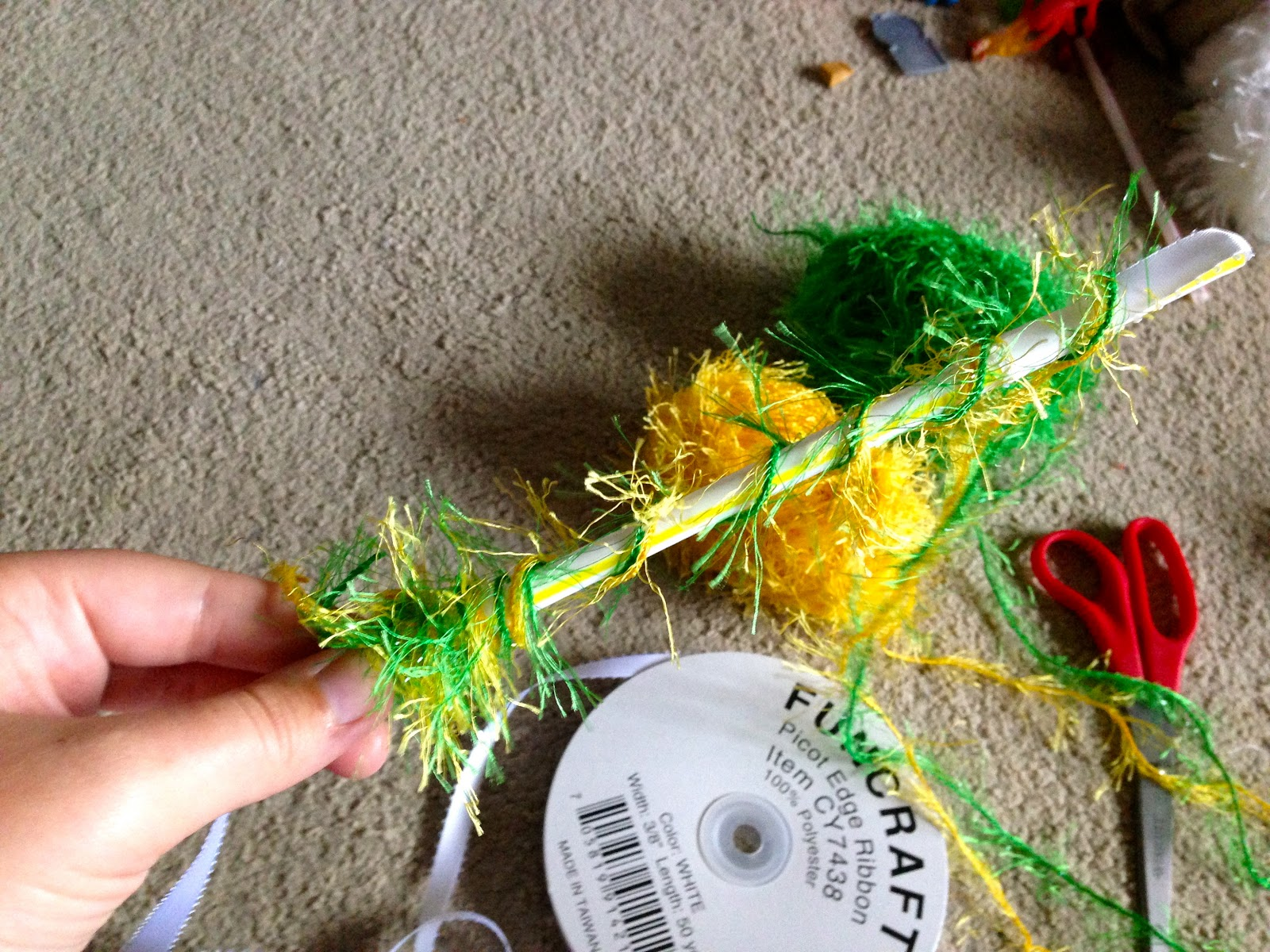 Our Lives Are An Open Blog How To Make A One Straw Lei