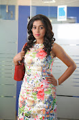 Poorna latest Glam Pics from Nuvvala Nenila Movie-thumbnail-17