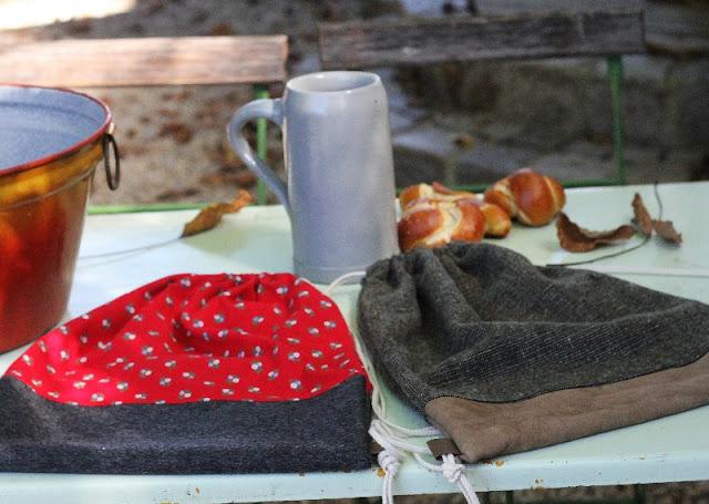 Turnbeutel für das Oktoberfest zum Dirndl und zur Lederhose