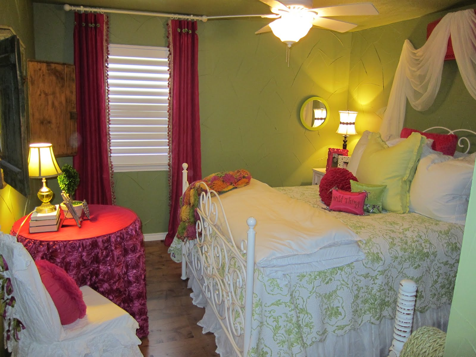 kbm designs  girly room