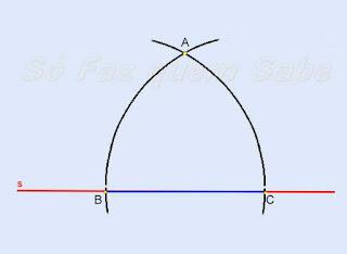 Fazendo um arco de raio BC a partir do ponto B