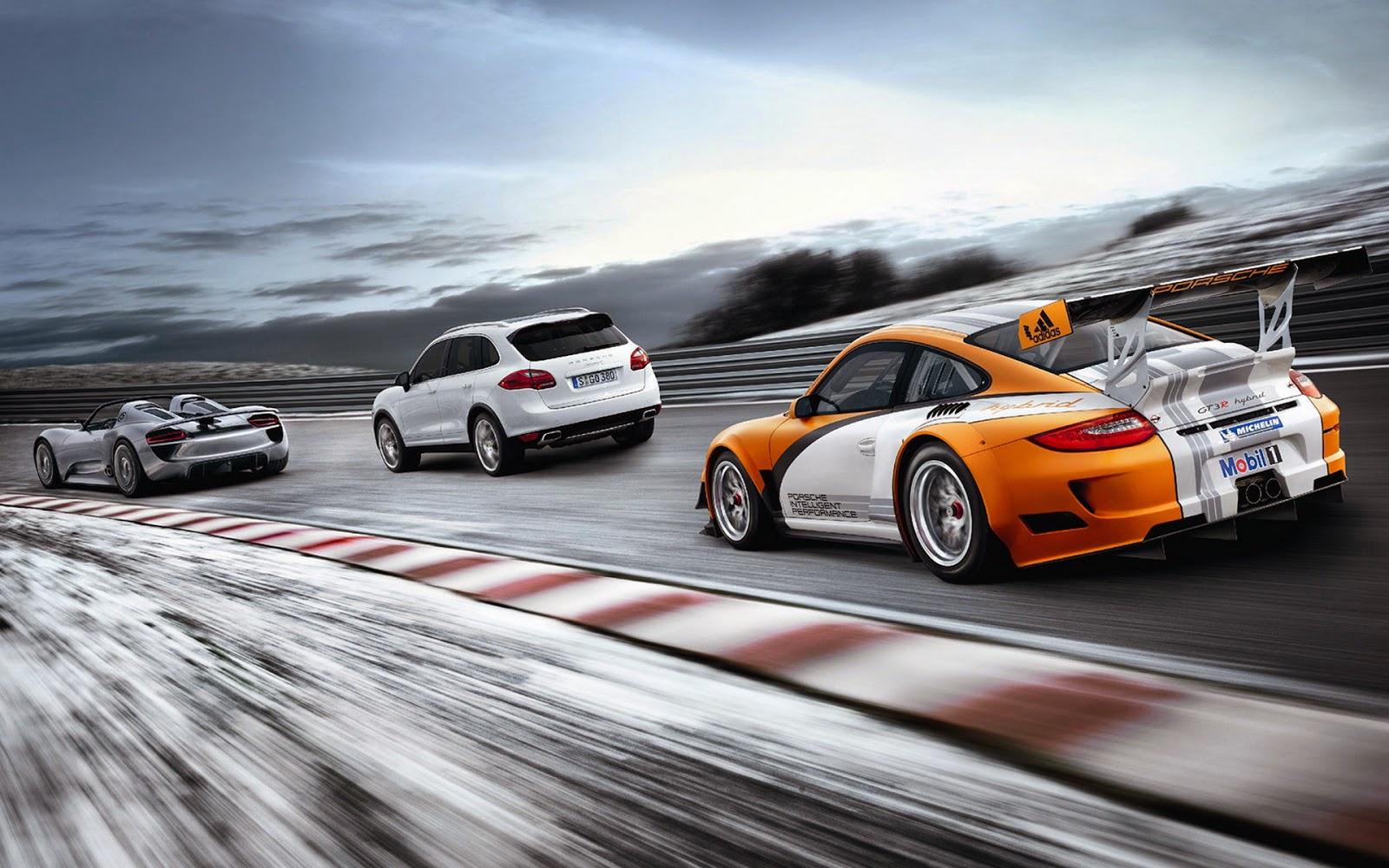Wallpaper met racewagensop de weg