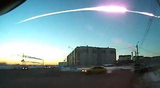 Foto+Jatuhnya+Meteor+Di+Rusia Kumpulan Foto Jatuhnya Meteor Di Rusia Terbaru