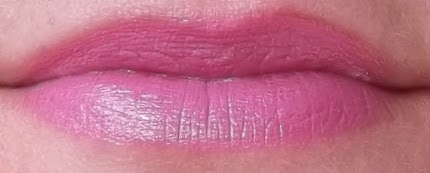 MAC Mineralize lipstick Divine choice review swatch