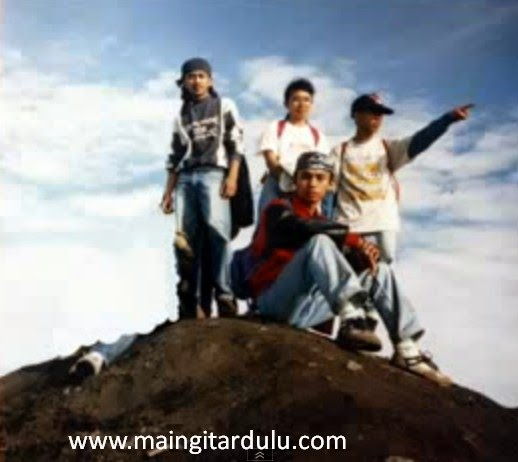 Merapi - Katon Bagaskara