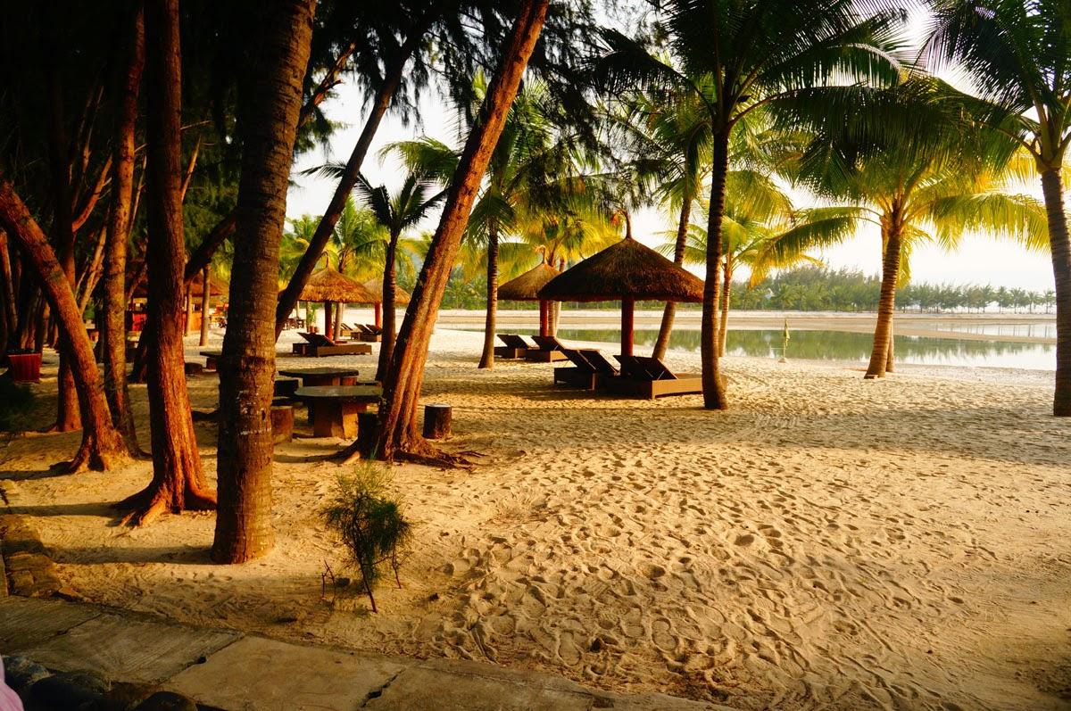 Diamond-Bay-Beach