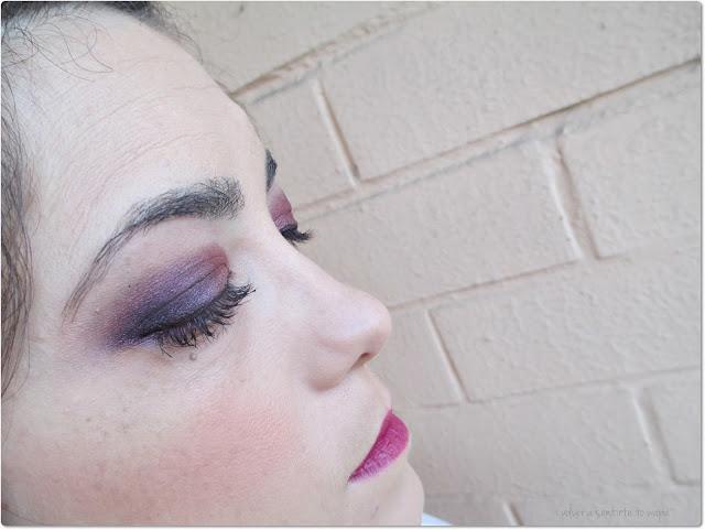 Maquillaje otoñal en tonos granates