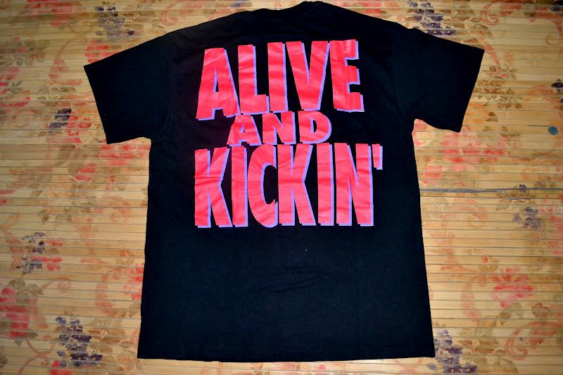 oldschoolzone vintage 1992 mr big band alive and kickin 39 tour t shirt sold. Black Bedroom Furniture Sets. Home Design Ideas