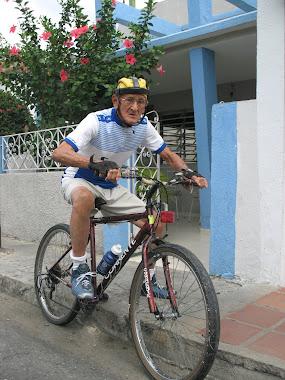 ARMANDO CHAVERO